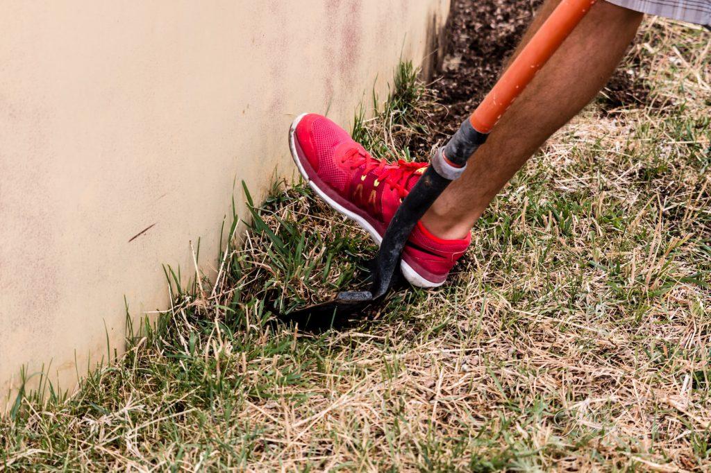 Shovel, Digging