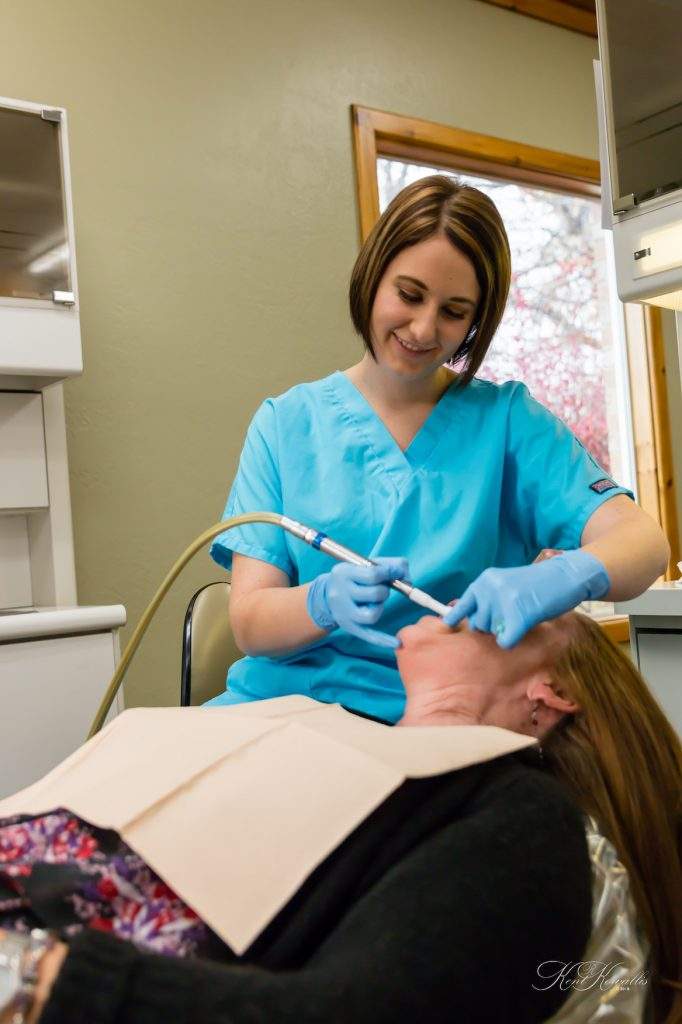 Dental-Assistant_20141110_0134